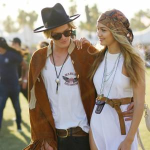 2017 Coachella Fashion trends: head scarf