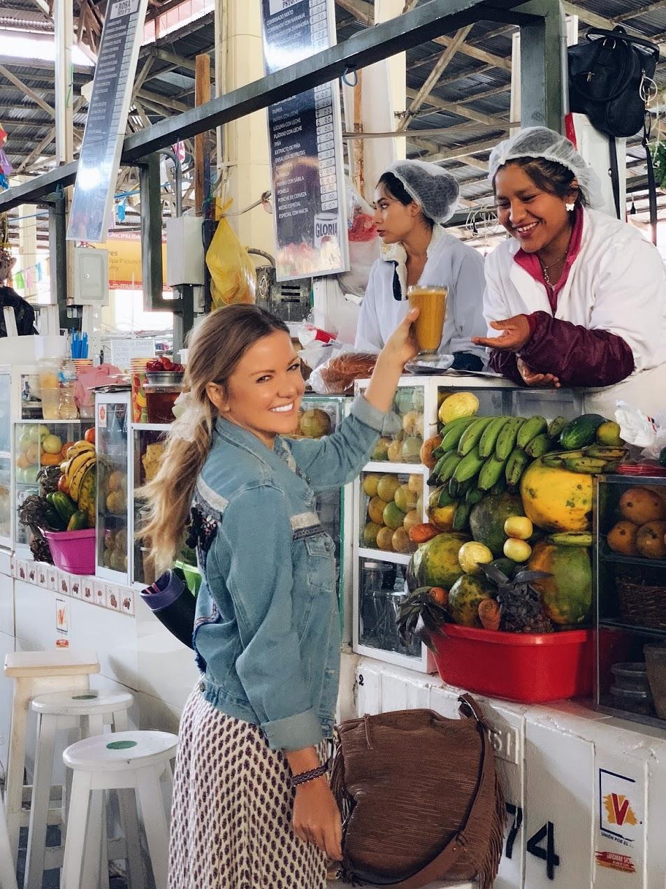 breakfast as cusco market
